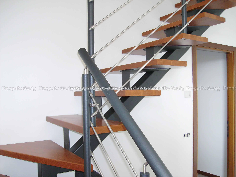 Progettazione Scale Normativa : Scale a giorno con struttura portante in metallo scale a giorno